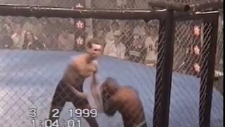 Максим Тарасов VS Элиас Родригес  (WVC 7 - World Vale Tudo Championship 7 - 02 февраль 1999)