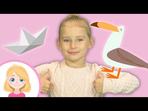 Маленькая Вера и Медведь vlog - Поём весёлую детскую песню про корабли и танцуем