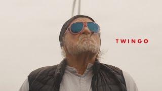 Musik-Video-Miniaturansicht zu Twingo Songtext von Fynn Kliemann