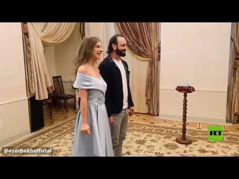 العرب اليوم - شاهد: البطل الأولمبي الروسي أفيربوخ ينشر فيديو لزواجه