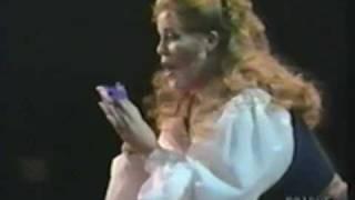 June Anderson 1989 Part 2: Ah! non credea mirarti - La Sonnambula