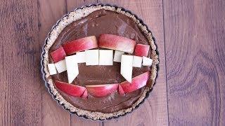 Vampire Teeth Halloween Tart Recipe | Sweet Tarts