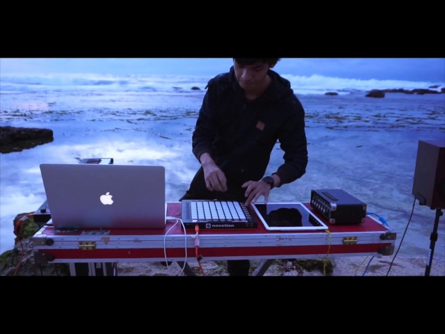 Closer X All We Know [ Mashup ] LaunchpadPro on the beach MIX by Alffy Rev