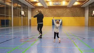Turnstunde für Eltern und Kind (2-4 Jahre)