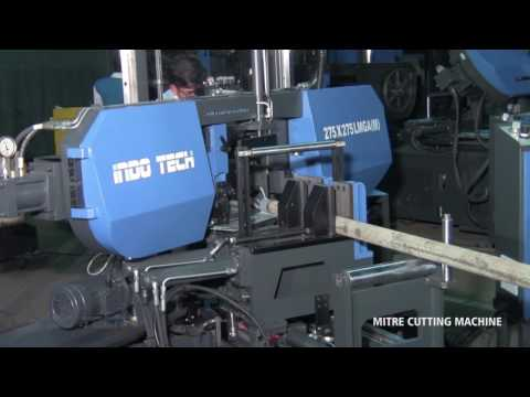 Auto-Mitering Semi-Automatic Double Column Band Saw Machine On LM Guides
