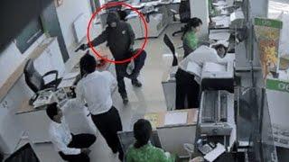 Một vụ cướp ngân hàng bằng súng xảy ra chiều 264 tại