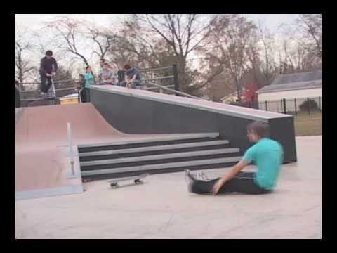 Chillicothe il Skatepark video!!! by: Joe Connors