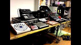 Alien-J Vs Acidwave - StruMental Jam Hardware Session