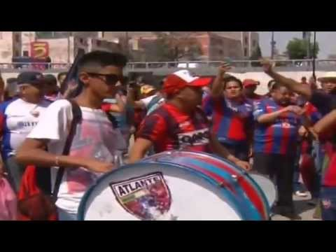 """""""Aficionados al Atlante, Festejan 99 Años de Fundacion, Potros Hierro, 19Abril2015"""" Barra: La Tito Tepito • Club: Atlante"""