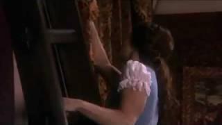 Belle ouvre les rideaux VO