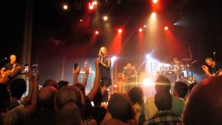 Belinda Carlisle - Summer Rain (live at the Enmore Theatre, Sydney, 7th December 2013)