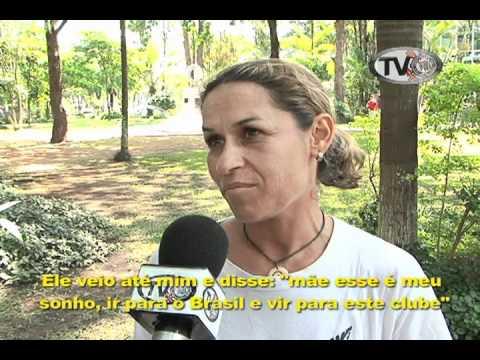 Garoto de 15 anos da Nova Zelândia vem ao Brasil só pra tentar treinar no Corinthians