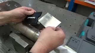 Προετοιμασία εξεταζόμενης επιφάνειας πριν την σκληρομέτρηση με Equotip 550 PROCEQ