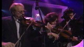 Lee  Ann  Womack - Faded  Love - Patsy  Cline  Tribute - 1997