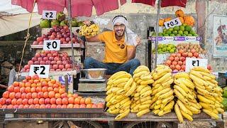 Selling Fruits For Free- Hilarious Public Reaction   सब कुछ 1 रूपये किलो में बेचा 😂