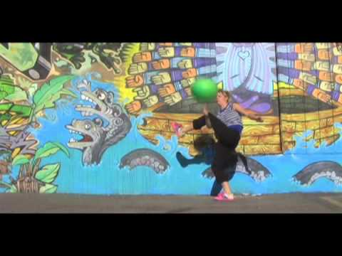NOELTECH#13: Ballin' with Bri