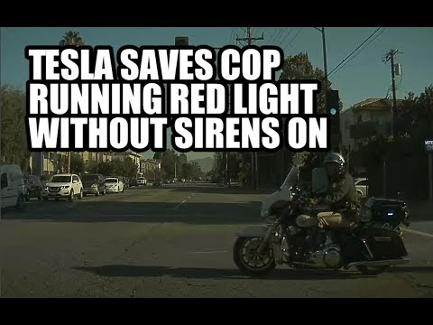 Tesla saves cop from accident after running a red light without their sirens