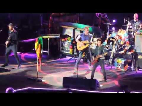Coldplay - Chris Martin com a bandeira do Rio Grande do Sul