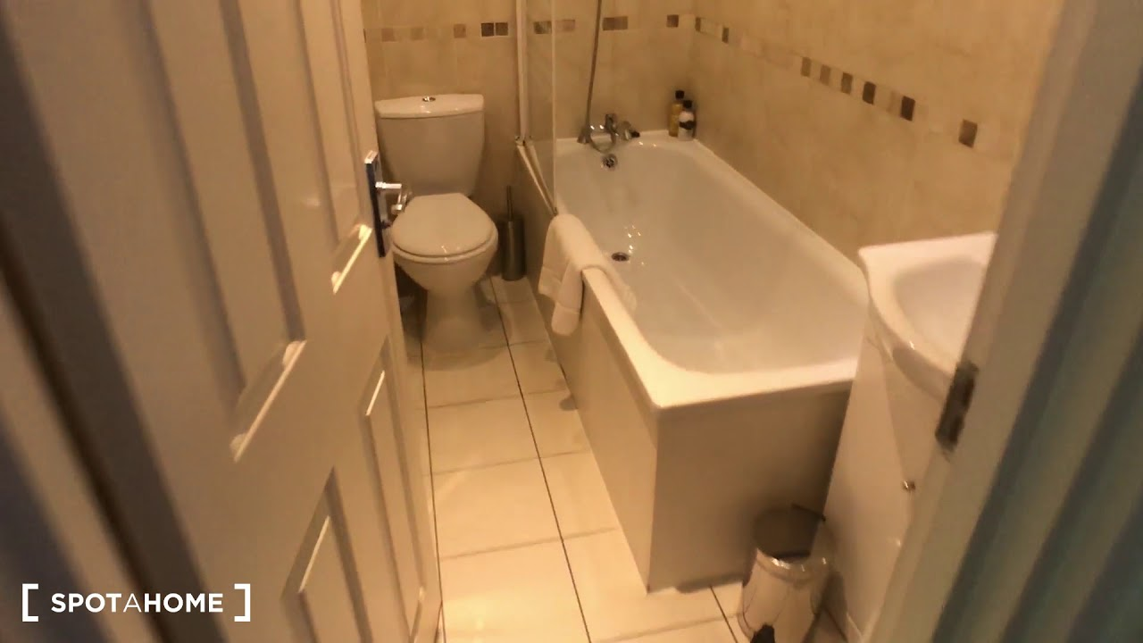Fully furnished 3-bedroom house for rent in Islington, London