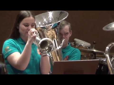 "Queen Greatest Hits - Lithuanian Youth Brass Band ""Aukštyn"""