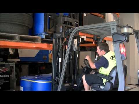 Forklift Training - How to put a pallet away - Part 6/6