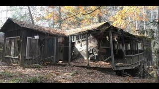 #34 Abandoned Gatlinburg Ghost Town - Elkmont Village!