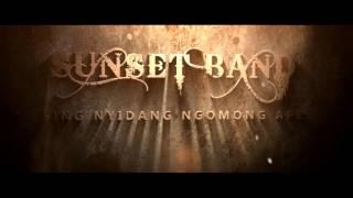 Download lagu Sunset Band Sing Nyidang Ngomong Ape Mp3