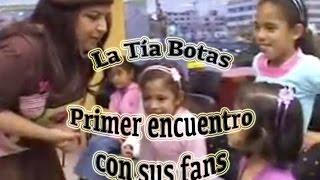 La Tia Botas y sus fans - niños