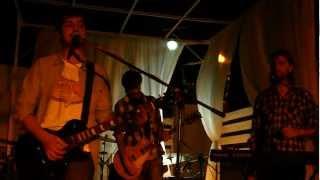 preview picture of video 'Chino Mansutti y los Refutadores del Pensamiento - Dios Arroba'
