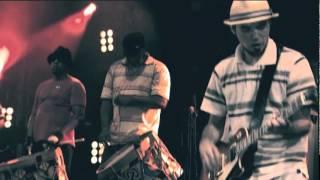 Nação Zumbi - Maracatu Atômico (DVD Ao Vivo no Recife)