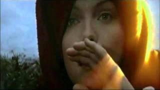 preview picture of video 'El hechizo del halcón (Ladyhawke) - Transformación.'