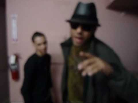 baby rasta y gringo saludo para reggaetonguate.com.wmv