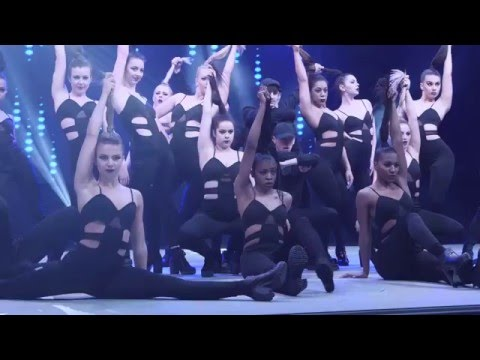 F L A W L E S S – Choreographed by Jaron Johnson – Move It 2016