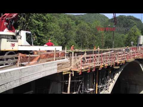 Lavori al ponte della Rasa