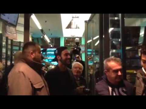 Marco Mengoni incontri i fan di Varese
