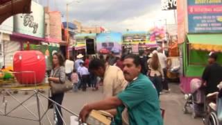 preview picture of video 'RECORRIDO DE LOS PUESTOS Y JUEGOS - Feria Villa Hidalgo 2015'