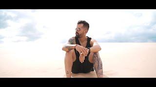 Video ¿Cómo Estás? de Mike Bahia
