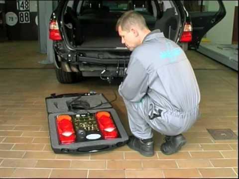 Tutorial Einbau, Montage Elektrosatz für Anhängerkupplungen.