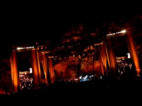 , title : 'Pavarotti Petra Tribute'