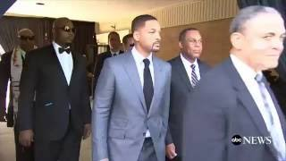 Muhammad Ali Funeral | Will Smith, Mike Tyson, & Others Carry Ali's Casket