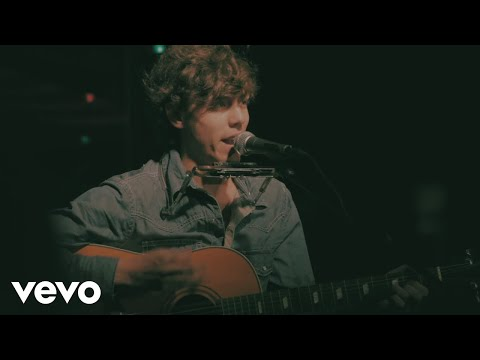 Chris Janson - Let Me Tell Ya The Story