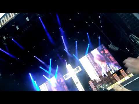 Ozzy Osbourne, No more tears. Donington download festival 10th June 2018.