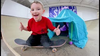 Father & Son ULTIMATE FORT AT THE SKATEPARK! / Fort Kit!