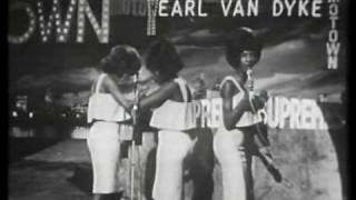 "Martha Reeves & The Vandellas LIVE - ""Nowhere To Run"""