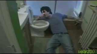 Кенни против Спенни - обед и туалет