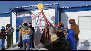 Жители спели песенку на масленице про разрез Березовский