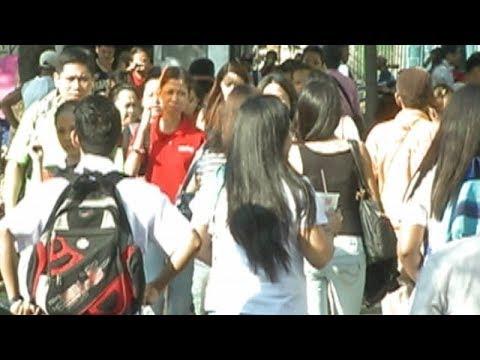 Pabor ang maraming Pinoy sa deklarasyon ng Martial Law sa Mindanao