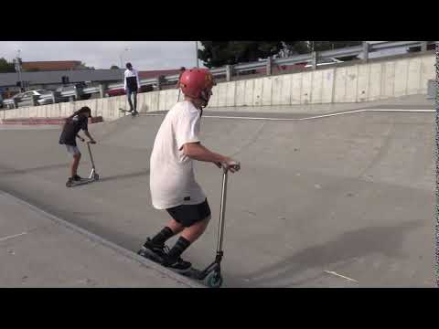 Foot Jam Scooter Trick