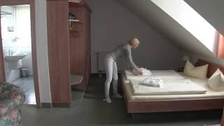preview picture of video 'Internettrailer Waldhotel Baechlein'