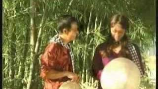 Cô gái canada ca vọng cổ Việt Nam